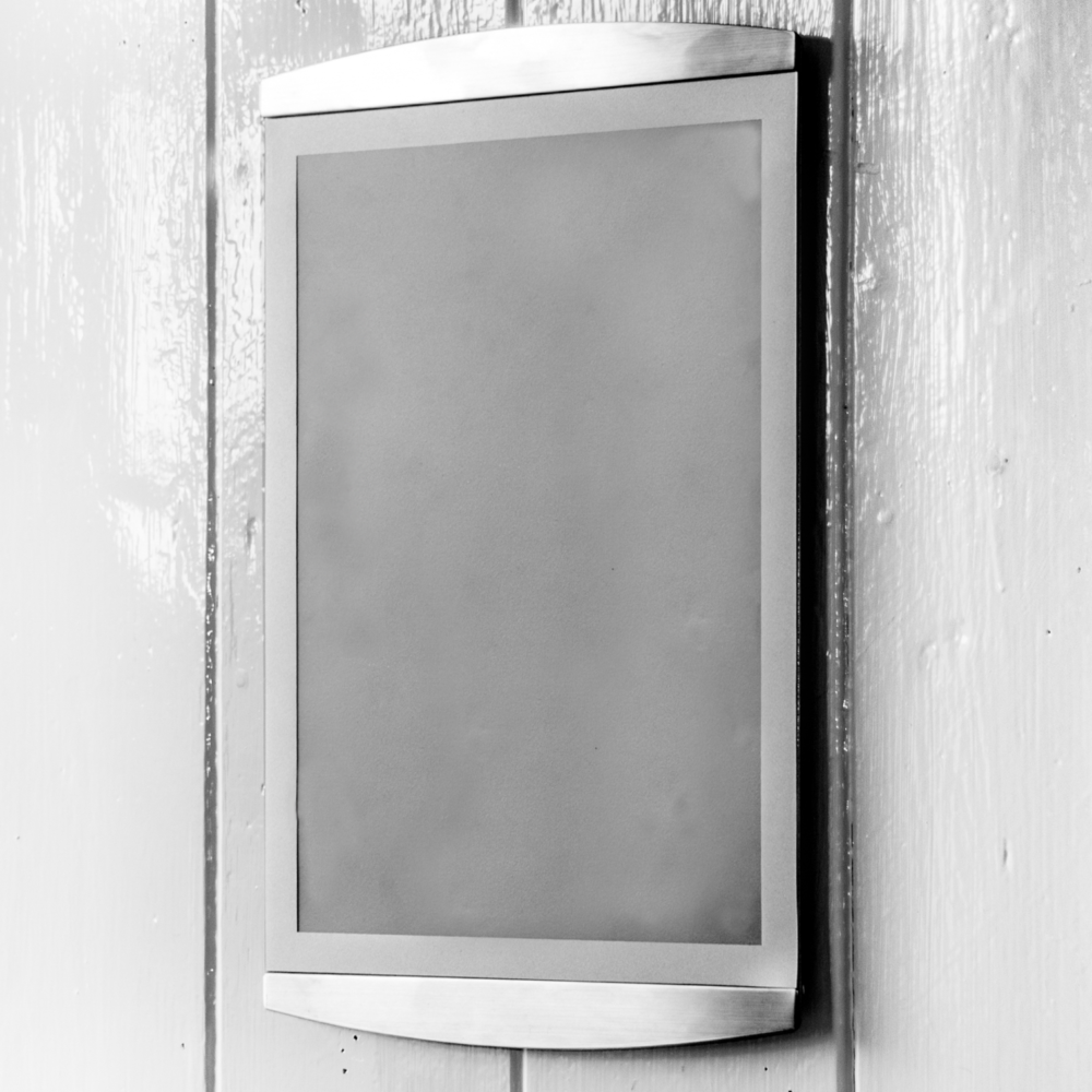 Wall mounted A4 satellite magnetic sign-holder in silver
